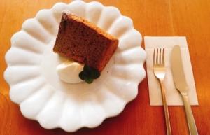 オレンジピールとアールグレイのシフォンケーキの写真です