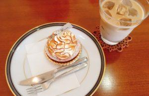 タルトシトロンとカフェオレです