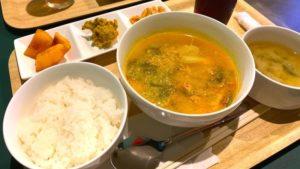マンマスマイルでいただいたフィリピン料理