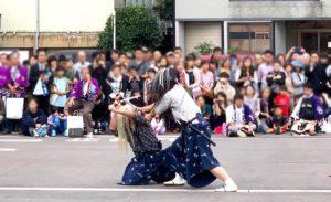 棒振りの剣舞