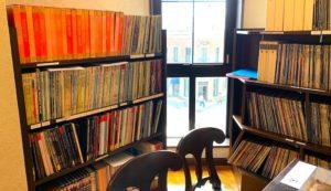 LPレコードのリスニングコーナー