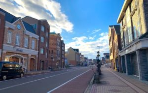 お昼に通った小松駅前れんが通り商店街