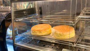 スフレチーズケーキのホール