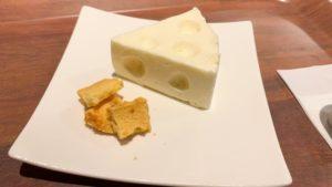 ガリバーくんの穴あきチーズケーキ