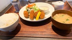 チョップスティックかきフライ定食
